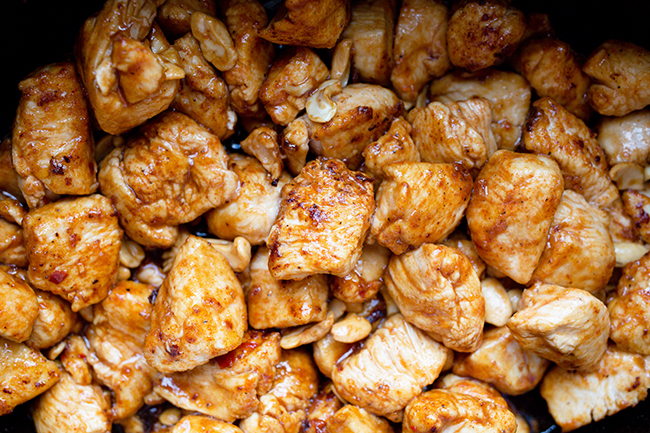 Close up image of cooked chicken for cashew chicken recipe