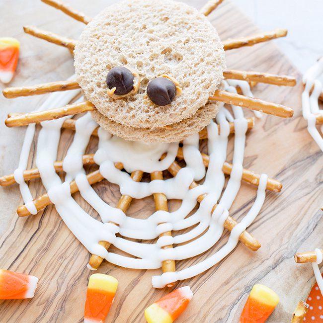 Spooky Spider Peanut Butter Sandwich Idea