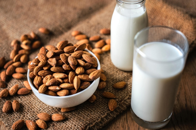8 simple tips to detox your body almond milk