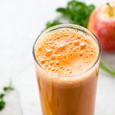 Fresh Start Juice with Carrots, Apples, and Ginger