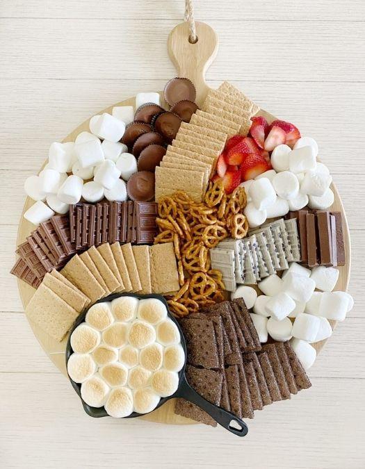 dessert charcuterie board